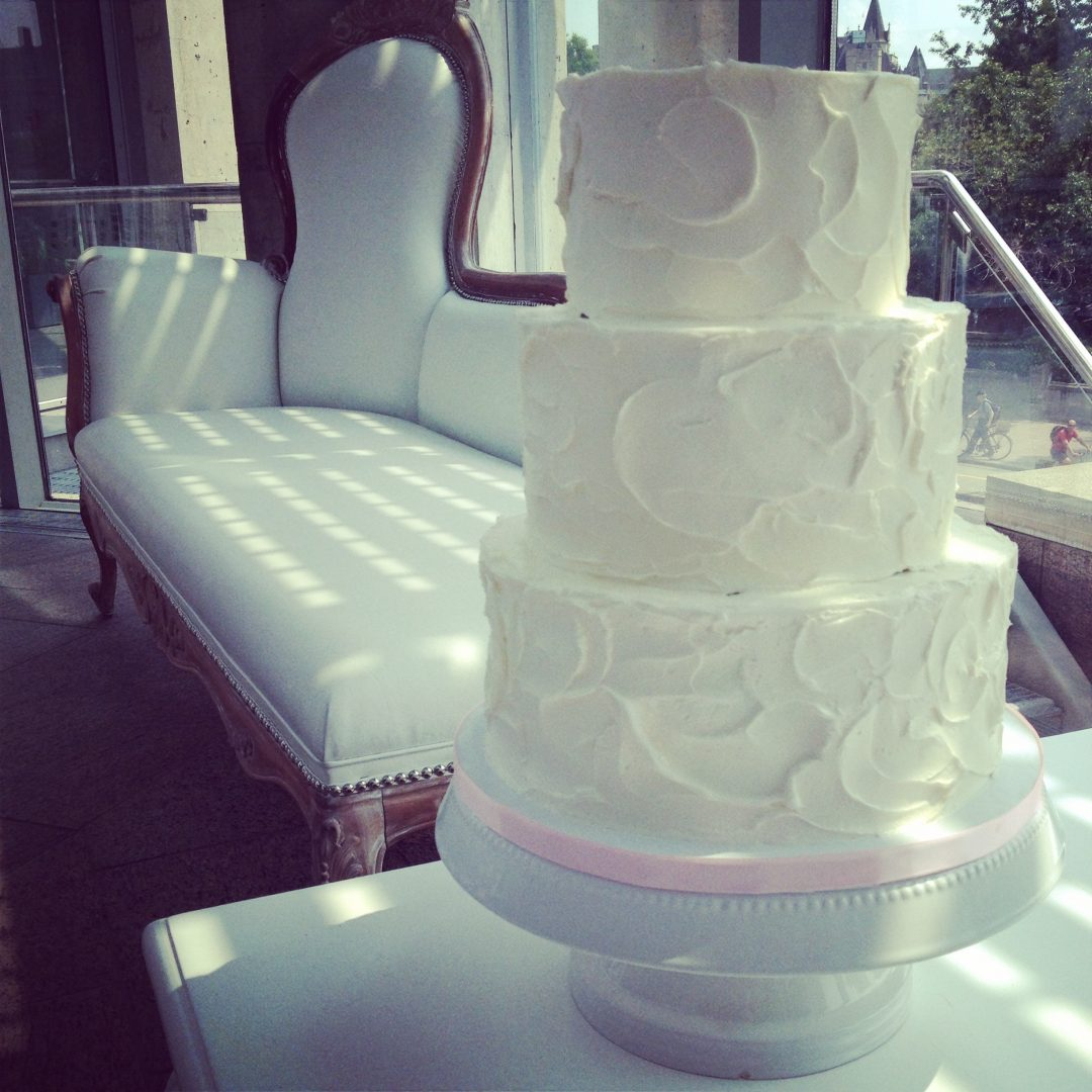 wedding cake height average fluffy wedding cake standard height 22810